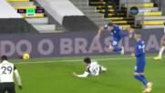 Фулъм остана с човек по-малко срещу Челси