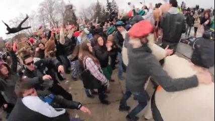 Най-големият Harlem Shake в България feat. Ангел & Моисей (дълга версия)