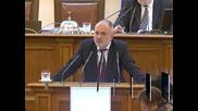 Социалният министър представя пред депутатите програмата за повишаване на пенсиите
