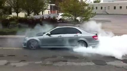 Mercedes C63 Amg Burnout Street Race Vbox7
