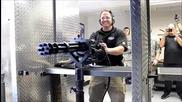 Изстрелване на 90 патрона за 1,25 секунди с Minigun