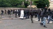 Франция: Сблъсъци в Париж, ранени и арестувани
