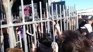 Тя иска да влезе на фестивала Soundwave в Мелбърн, но без билет