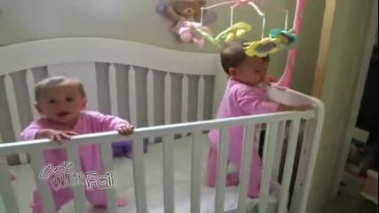 Вижте какво правят близнаците заедно