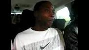 Ямайци пеят в кола (яко напушени)