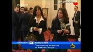 Депутати заглеждат жени в парламента - Господари на Ефира