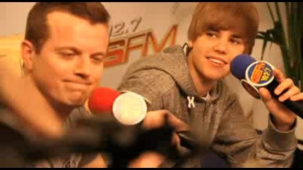 Justin Bieber - Love Me (video for the fans)