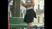 ! Goli I Smeshni - Мръсна ли ми е полата .. !?