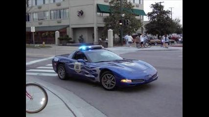 Най - Бързите Полицейски Коли В Света ! !