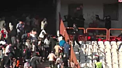 Безредици на Белградското дерби - Derbi incidenti - Belgrade Derby fan riots clash with cops
