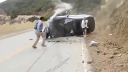 Собствениците на BMW-та са най-агресивните шофьори ! Тъпаци си блъскат колите като ненормални !
