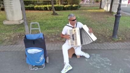 Улични музиканти в Бургас - лято 2021