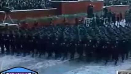 Не харесвам Енвер Ходжа но е забележително за малка страна като Албания да прави такива паради