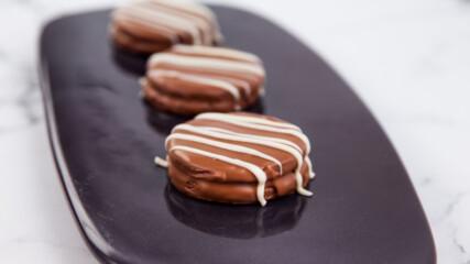 Шоколадови бисквити Алфахорес | Гурме за всеки ден: Десерти | 24Kitchen Bulgaria