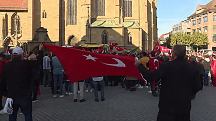 Germany: Pro-Turkey protesters rally in support of Syria offensive