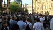 UK: Crowds gather for vigil in Manchester city centre