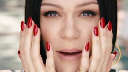 Jessie J - Flashlight ( Официално Видео )