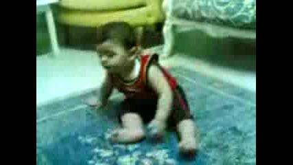 Пияно бебе :d