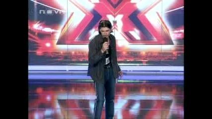 X - Factor-човекът който смая цяла България с пеенето си!!!smqh do dupka!!!