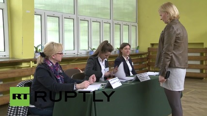 Poland: Voters head to the polls to choose their president