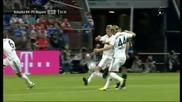 Великолепен прехвърлящ удар на Раул, се превърна в негов втори гол с екипа на Шалке 04!