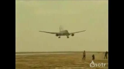 Топ 10 на Наи - Лошите Самолетни Приземявания!