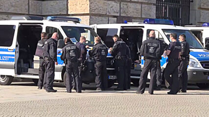 Germany: Heightened security outside parliament ahead of Infection Protection Act vote