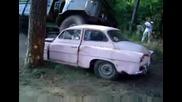 Gaz 66 премазва шкодичка...!!!