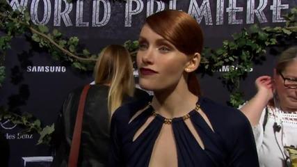 Bryce Dallas Howard Stuns At 'Jurassic World' LA Premiere