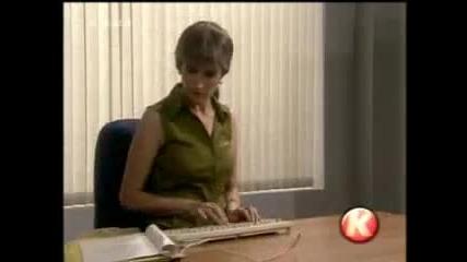 Блондинка се връща на работа след 30 години
