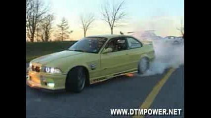 Зверски Бърнаут На Bmw E36 Coupe