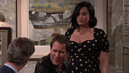 зад кадър Will and Grace with Demi