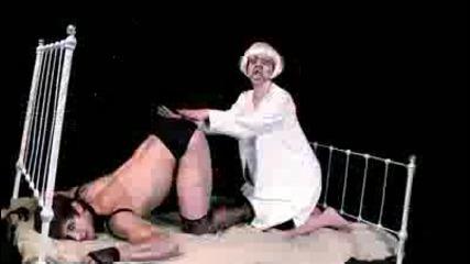 Уникалната пародия - Old Lady Gaga - Alejandro