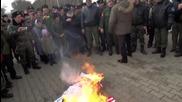 Russia: Cossacks burn effigies of Obama and Erdogan