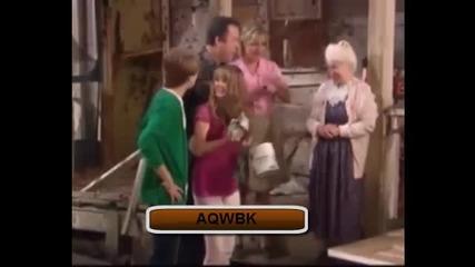 Коди и Бейли се целуват - Twister (cole Sprouse Debby Ryan)