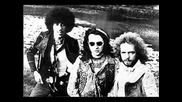 Thin Lizzy - Gonna Creep Up On You