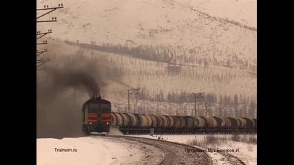 Руски товарен влак начело с - 3te10m - 1222