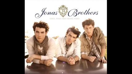 Jonas Brothers Keep It Real Lyrics