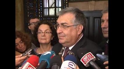 МВР ще се справи със ситуацията на границата с Турция, смята служебният премиер