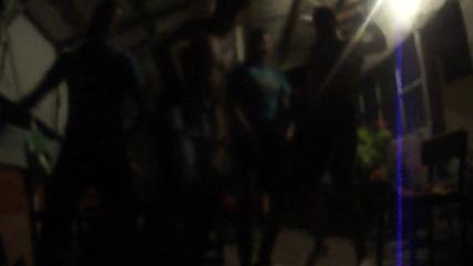 Лудница на Мах на 2 водки и вече танцуват хд (смях)