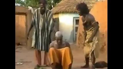 Странно Лекуване на главоболие в Мозамбик Смях!
