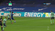 Челси поведе на Евертън след автогол на Годфри