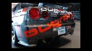 Nissan Skyline R34 от София