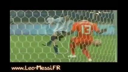 New!(2009) Freestyle Battle Cristiano Ronaldo Lionel Messi Rooney Berbatov Best Skills!