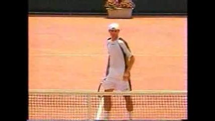 Не Сте Виждали Такова Нещо На Тенис Мач!!!