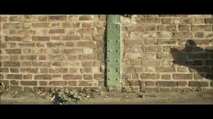 Skrillex - Bangarang много зарибяваща