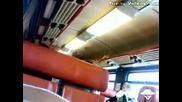 Смях Какво ли се случва при шофйора на влака :)