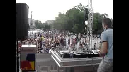 Dj Joy @t Steet Parade In Ruse