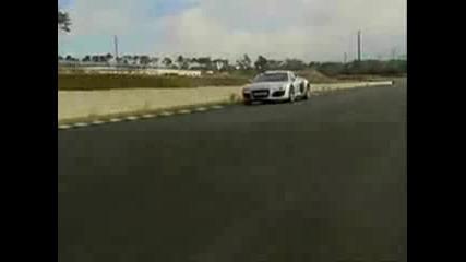 Audi R8 vs Mercedes Mclaren