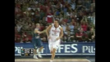 Най-голямата турска баскетболна звезда хванат със стероиди